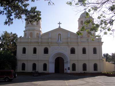Tanauan Church - Places to see